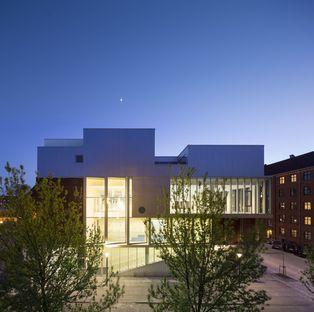 Dorte Mandrup signe le complexe SH2-Sundbyoster Hall 2 à Copenhague