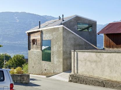 Maison Reynard Rossi-Udry par Savioz Fabrizzi architectes à Ormône