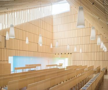 OOPEAA réalise la chapelle Suvela à Espoo