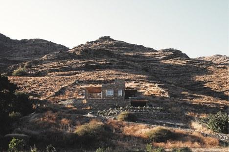 Cometa Architects : Rocksplit, maison sur l'île de Kéa dans les Cyclades