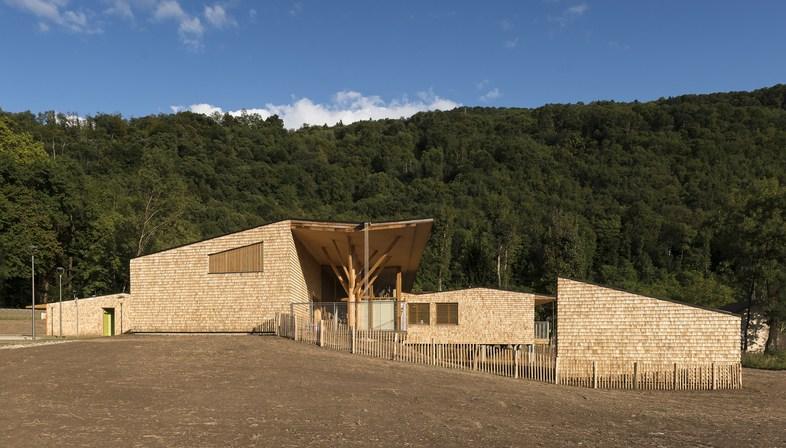R2k architectes réalise le relais d'assistance maternelle de Tencin (France)