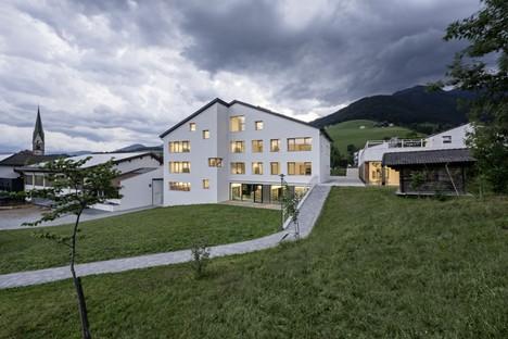 Le cabinet Feld72 Architekten conçoit l'école primaire du complexe scolaire de Terento