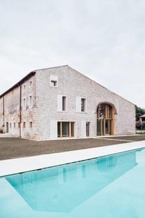 Studio Wok rénove une maison de campagne dans le hameau de Chievo