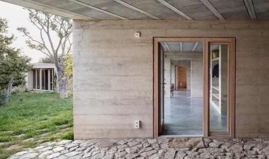 Le cabinet Harquitectes réalise une maison de vacances à Ullastret près de Gérone