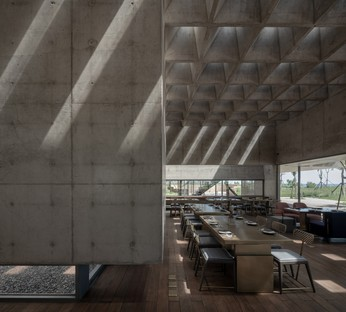 Vector Architects signe le Restaurant y Sea dans la station balnéaire de Beidaihe en Chine