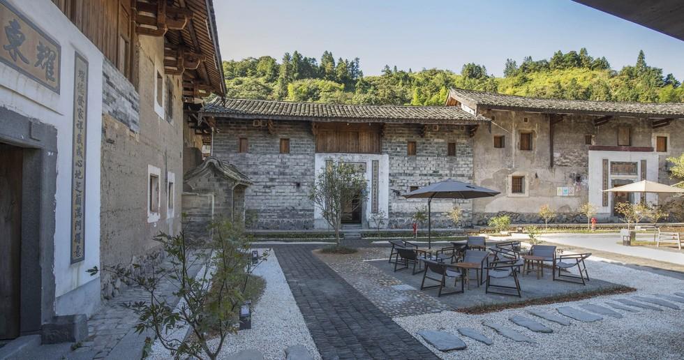 Le cabinet Trace Architecture Office signe l'hôtel Tsingpu Tulou Retreat à Fujian en Chine