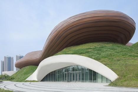 Fluctuantes mélodies : le Liyang Museum signé Crox Group