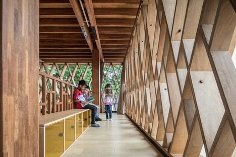 SHAU signe la micro-bibliothèque Warak Kayu à Semarang (Indonésie)
