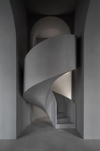 WALL Architectural Bureau réalise pour Rasario non pas un showroom mais un « espace urbain polyvalent »
