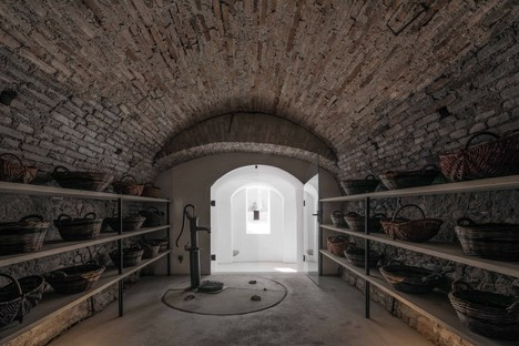 Gut Wagram : les Viennois de Destilat signent le Weinmanufaktur Clemens Strobl