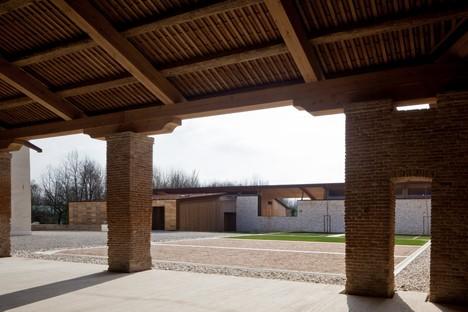 Traverso-Vighy signe Corte Bertesina à Vicence (Italie)