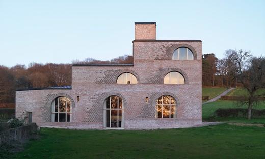 Adam Richards réalise la Nithurst Farm en plein cœur de la campagne anglaise