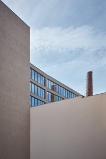 Qarta Architektura signe Five dans l'ancien dépôt de tramways de Smíchov à Prague