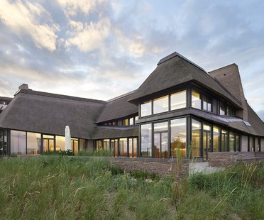 Hubschmitz Architekten signe la « House on a North Sea Island »