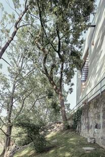 Archisbang signe la maison « Il Generale » à Ivrée en Italie