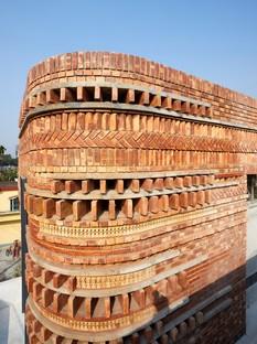 Abin Design Studio: Gallery house à Bansberia, West Bengal, Inde