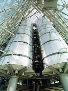 Planungsgruppe, Wondra et Stichs: Palais de verre, Heidelberg, 1998-2000