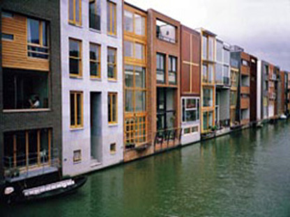 Adriaan Geuze de West 8: La baleine d'Amsterdam, 2001
