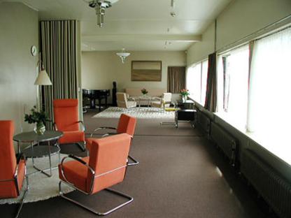 Brinkman e Van der Vlugt : Sonneveld House