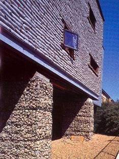 Sarah Wigglesworth et Jeremy Till<br> La maison de paille, Londres 2001