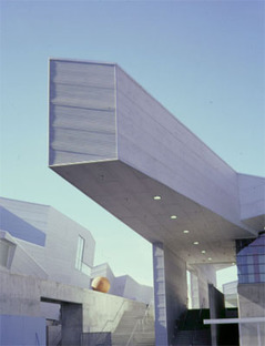 Morphosis, Diamond Ranch High School, Californie