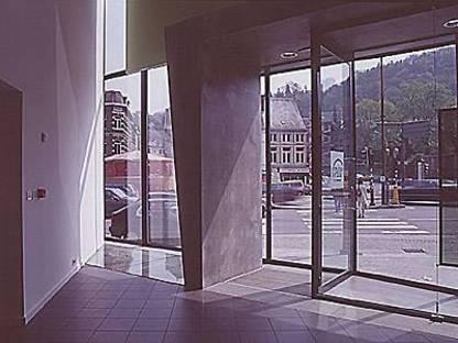 Pierre Hebbelinck: Agence d'Assurances, Belgique