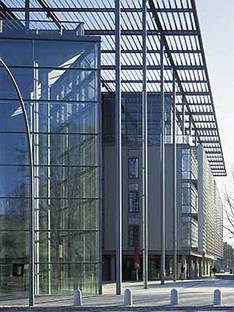 Foster and Partners: Centre multimédia, Hambourg