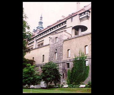 Borek Sípek<br> La nouvelle Galerie d'art du Château de Prague, 1996