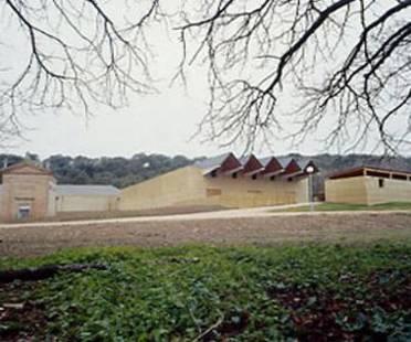Bodega Se&ntilde;or&igrave;o de Ar&igrave;nzano<br> Navarre, Espagne, 2002