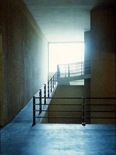 Bodega Señorìo de Arìnzano<br> Navarre, Espagne, 2002