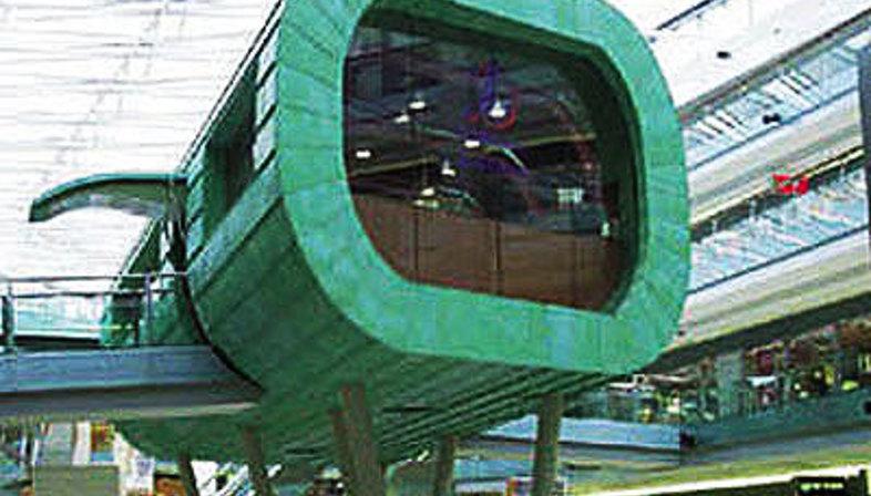 Amsterdam, Villa Arena:<br>Le nouveau restaurant du centre commercial du meuble