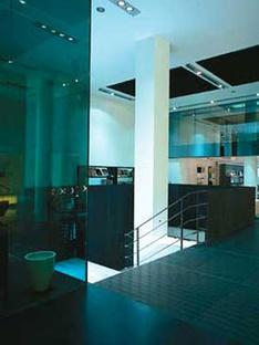 Magasin B&B Italia. Milan. Antonio Citterio & Partners. 2004