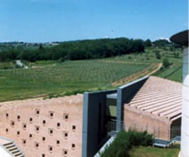 Caves Coltibuono. Monti in Chianti (Sienne)Sartogo et Grenon. 1999