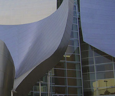 Frank O. Gehry, Walt Disney Concert Hall. Los Angeles. 2003
