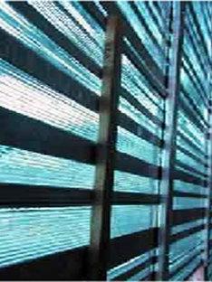 Turin. Porta Palazzo. Marché de l'habillement. Massimiliano Fuksas. 2004