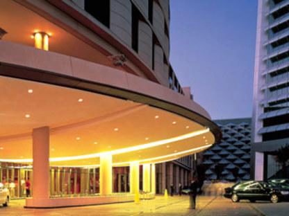 Foster & Partners. Al Faisaliah Center. Rijad (Arabie Saoudite).