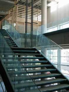 Bibliothèque nationale du Québec.<br> Patkau Architects et Croft-Pelletier. Montréal. 2005