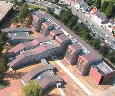 Service psychiatrique de l¿hôpital d¿Arras<br> Architecture-Studio. France, 2004
