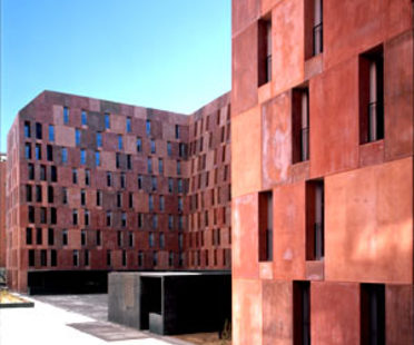 David Chipperfield<br> EMV Housing Villaverde, Madrid, 2005