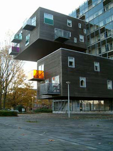 MVRDV, WoZoCo's Apartments for Elderly People, Amsterdam, Pays-Bas, 1997