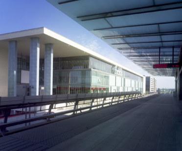 Centre commercial et de divertissement Field's