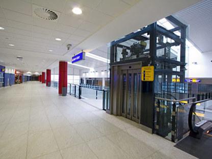 Nouveau Terminal 2 Nord Prague-Ruzine Airport