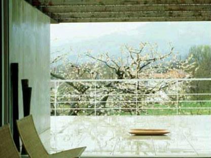 Maison Levis, UDA Studio. <br />Biella, Italie. 1998