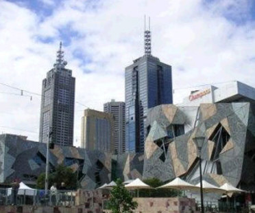 Federation Square, Lab Architecture.<br /> Melbourne, Australie. 2002