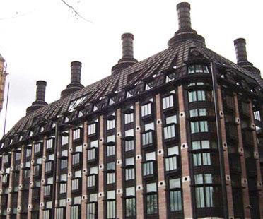 Portcullis House, Hopkins Architects. Londres. 2000