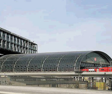 Gare centrale de Berlin. Meinhard von Gerkan. 2006