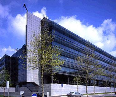 Camera di Commercio di Lussemburgo. Claude Vasconi. 2004