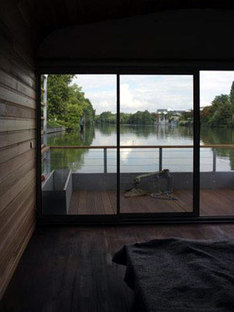 The Floating House - Ronan et Erwan Bouroullec. Chatou, 2006