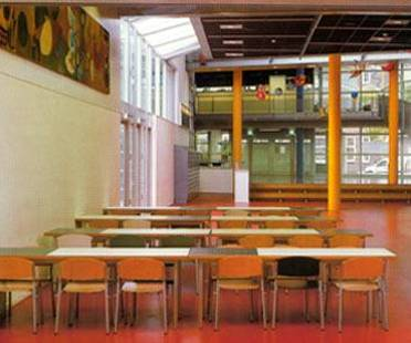Montessori College, Amsterdam Est, Pays-Bas. Herman Hertzberger