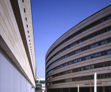 « Ethniki » Hellenic General Insurance. Athènes. 2006. Mario Botta